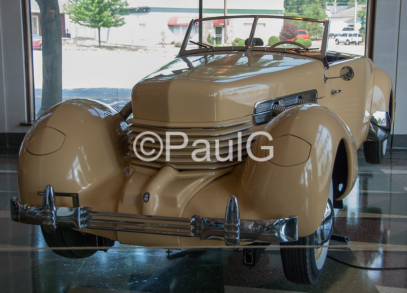 1936 Cord 810 Convertible Phaeton Sedan