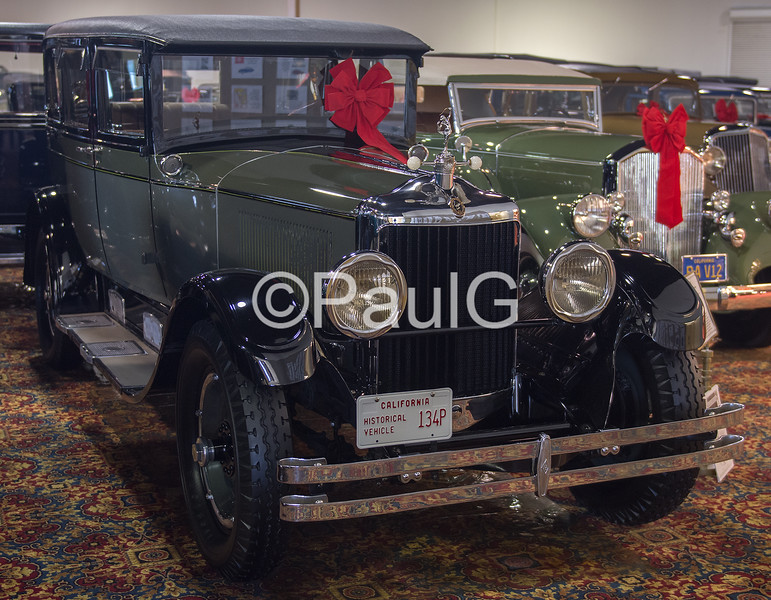 1928 Diana Light Straight 8 Sedan Deluxe