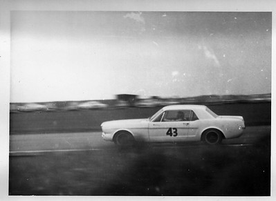 Jackie Oliver Ford Mustang GT