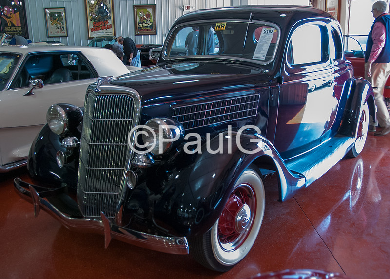 1935 Ford Model 48 Deluxe Coupe V-8
