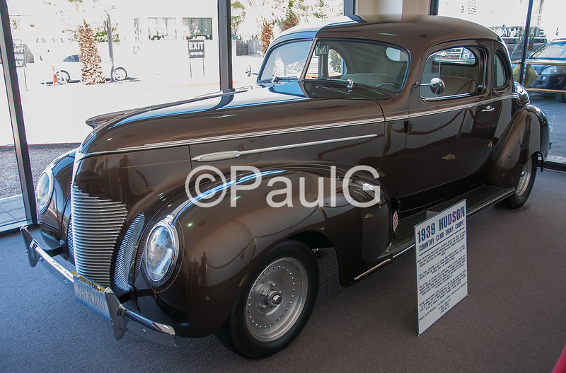 1939 Hudson Country Club Eight Coupe