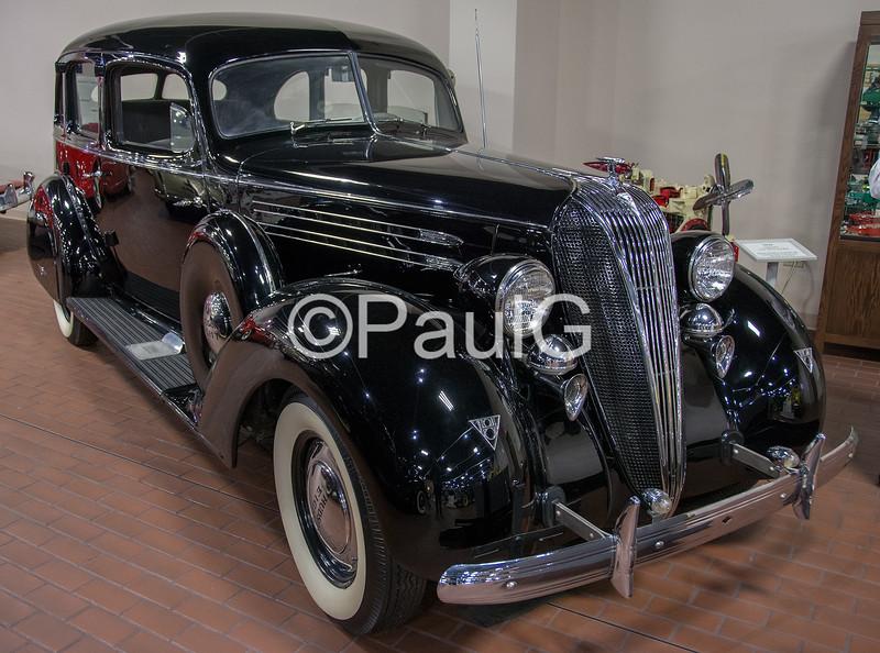 1936 Hudson Custom Eight Series 67 Touring Sedan