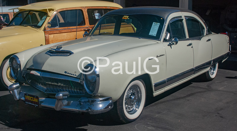1955 Kaiser Manhattan 4-Door Sedan