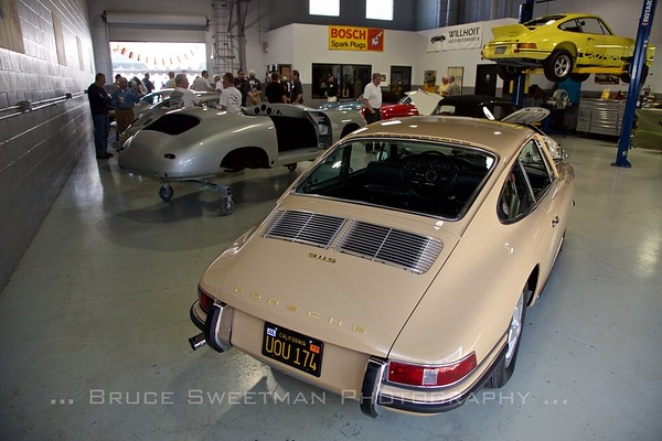 1967 911S at Willhoit Restoration.