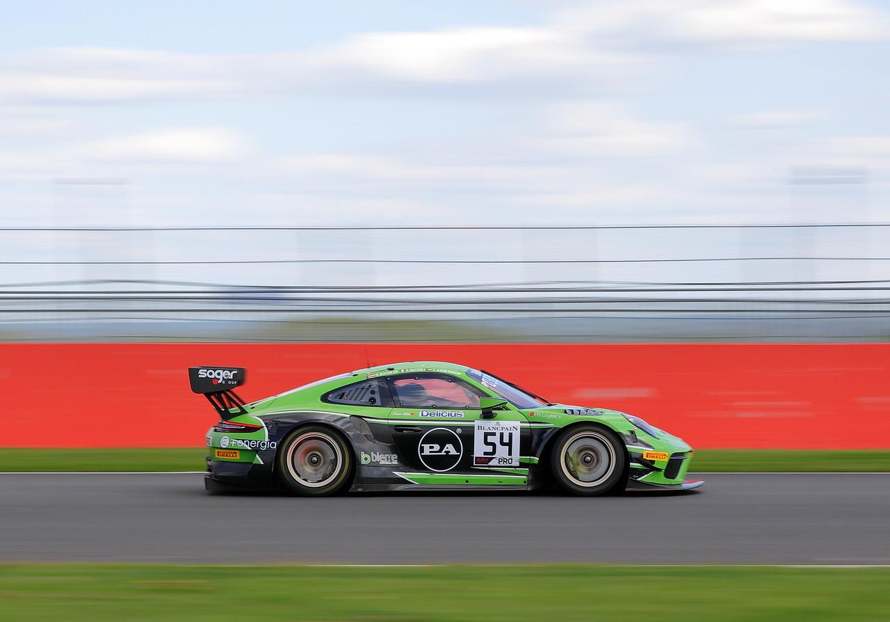 IMAGE: https://photos.smugmug.com/Automobiles/Motorsport/i-sBLQWBG/0/bb584eb0/X2/00016173-X2.jpg