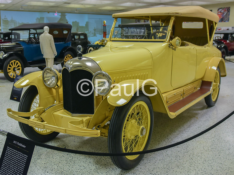 1917 Pathfinder Twelve