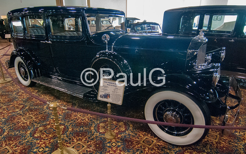 1932 Pierce-Arrow Model 52 Sedan