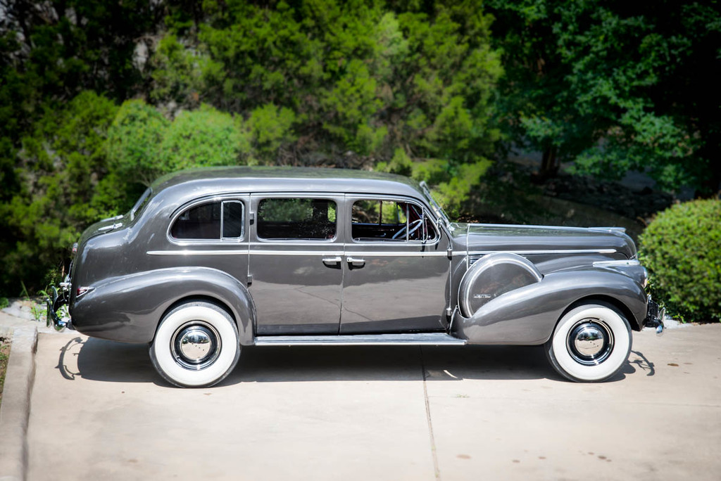 1940 Buick Series 90 Limited