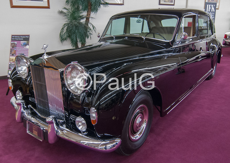 1960 Rolls-Royce Phantom V James Young Sedanca DeVille