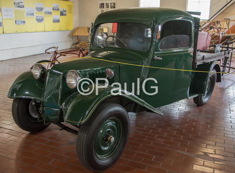 1927 Tatra T-12
