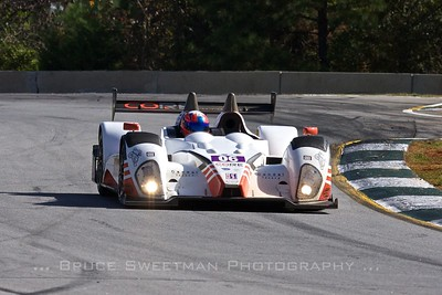 The #06 Core Autosport  Oreca FLM09 in turn 4.