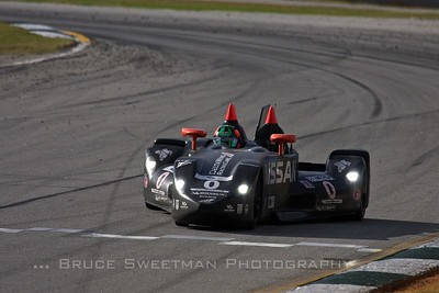 The Nissan DeltaWing crosses start/finish mid-race.