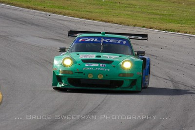 The #17 Team Falken Porsche 911 GT3 RSR finished 6th in GT.