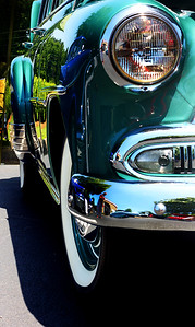 1951 Chevy Delux owned by Lee Epps. © 2010 Joanne Milne Sosangelis. All rights reserved.