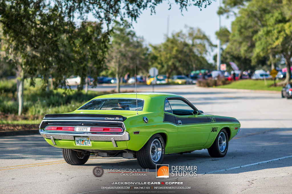 August 2019 Jacksonville Cars and Coffee - The Avenues Mall - Dodge Challenger