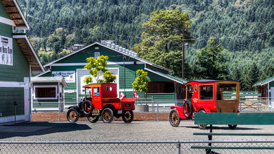 "Exhibit - Duncan Antique Truck Show 2013 - Cowichan Exhibition Grounds, Duncan, Cowichan Valley, Vancouver Island, BC, Canada Please visit our blog ""Duncan Antique Truck Show 2013"" for the story behind the photos."