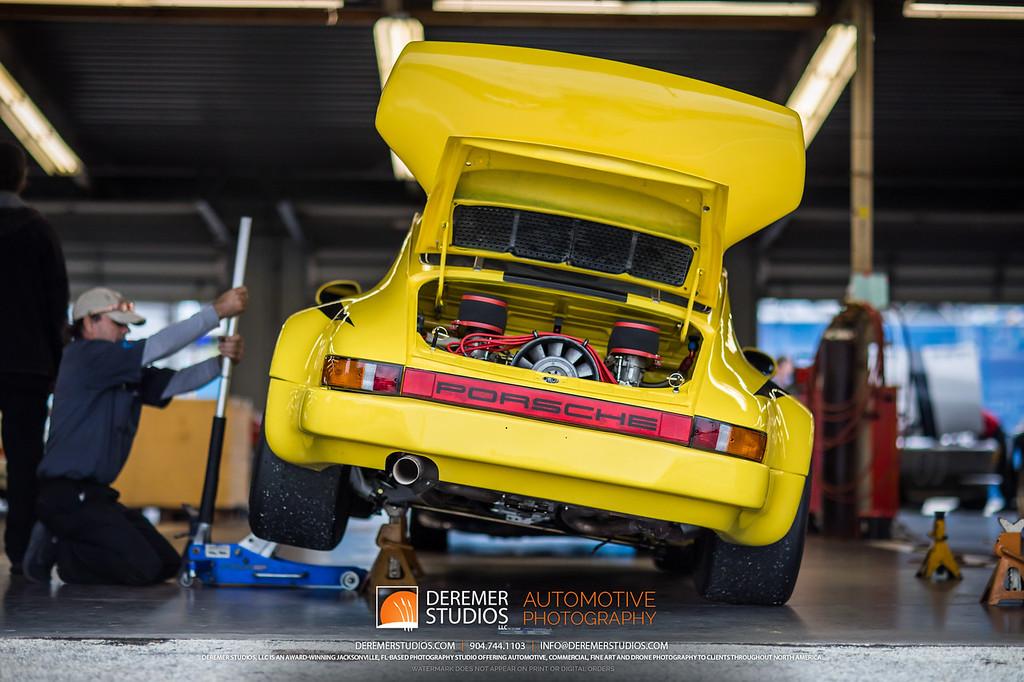2019 HSR Classic 24 by IMSA - Daytona - Yellow 911 in the Garage