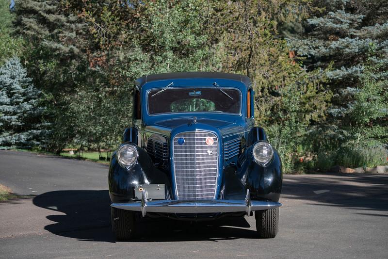 R326_1938 LincolnLimo_04