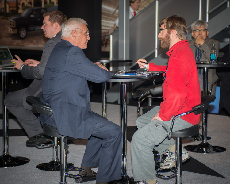 Bob Lutz granting an exclusive interview with Justin Greene of Vehiblog.