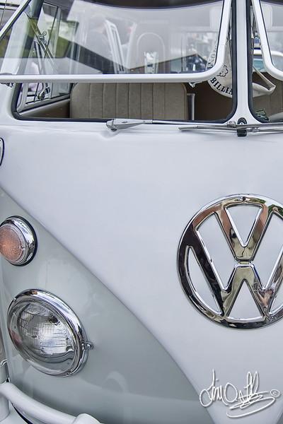 1964 VW Bus<br /> Belmont Shore Car Show 2010