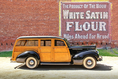 1941 Packard Special 100 and White Satin Flour sign, Cambridge, OH.