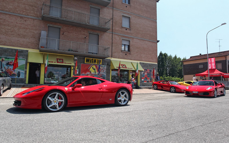 Ferrari_23June2010_02