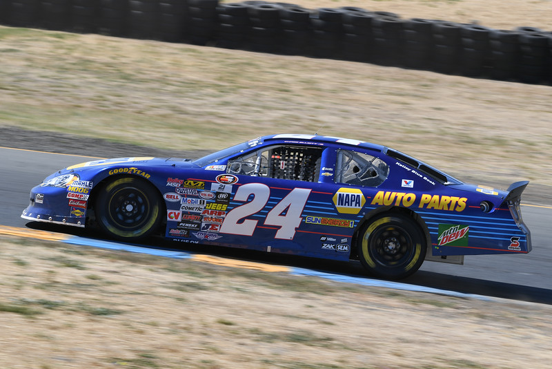 #24 Chase Elliott storms up the hill to turn 2 at Sonoma Raceway
