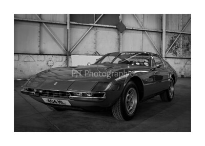 Ferrari 365 GTB\4 Daytona Black and White