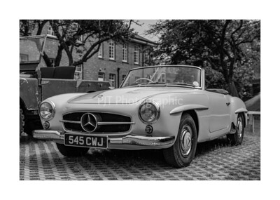 Mercedes 180SL in Black and White