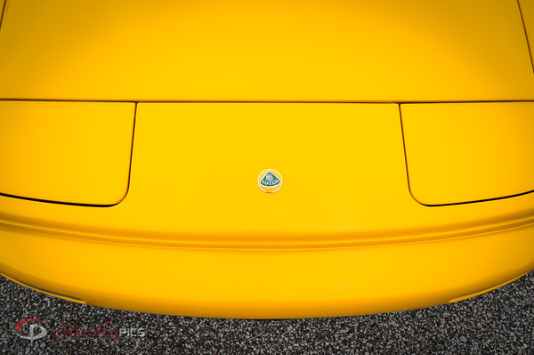 Supercars- Yellow Lotus front