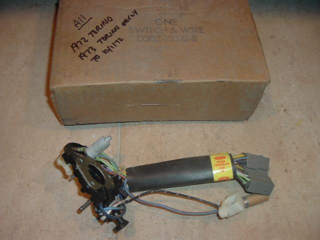 11972 1973 Ford Torino turn signal switch (a d2oz-13341-B)