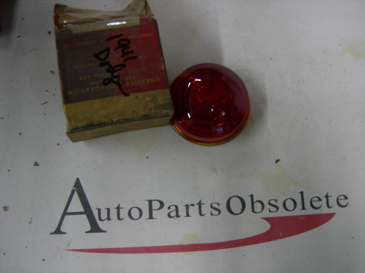 View Product1941 Dodge stop lamp lens #903461 (a 903461)