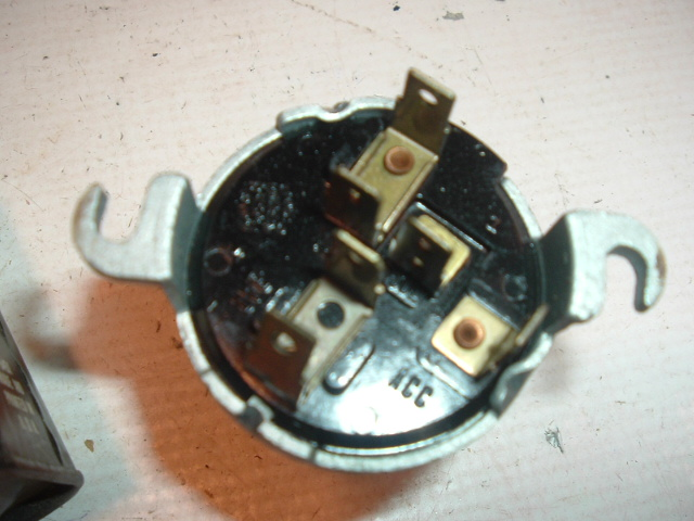 1116544 ignition switch