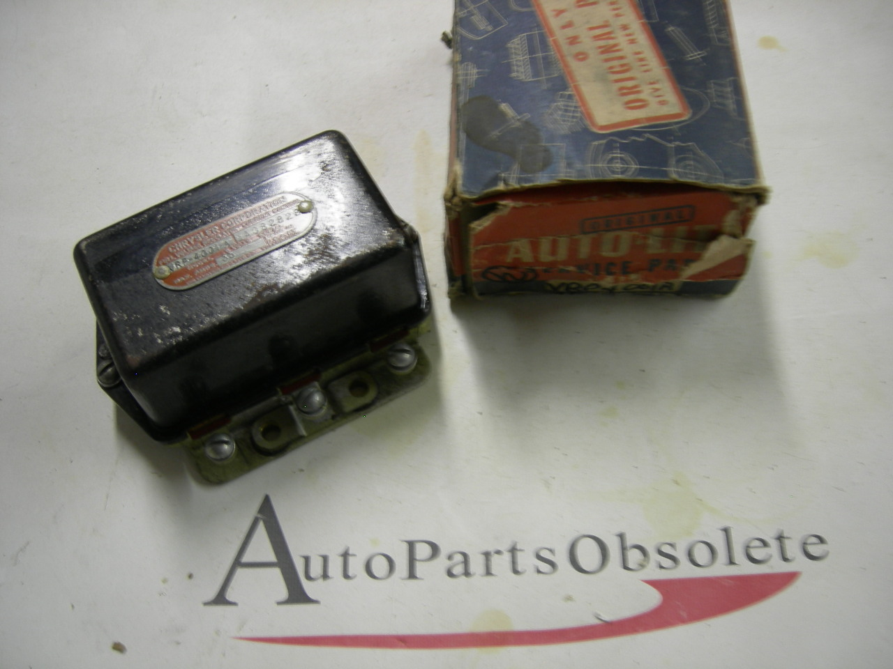1940,1942,1946,1947 dodge truck voltage regulator nos # VRP 4001 A (a vrp-4001a)