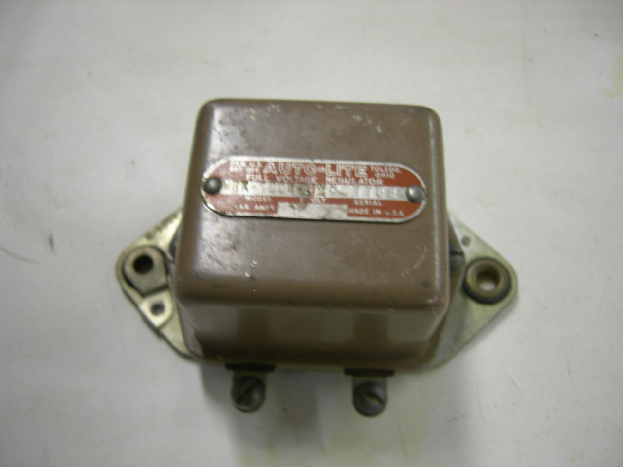 1940 – 42 Willys voltage regulator autolite NOS VRR4004A (a VRR4004a)