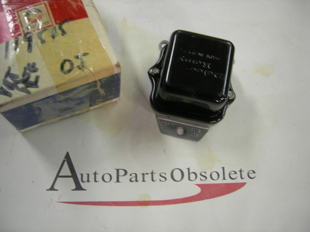 1963 -72 Chevrolet Pontiac Oldsmobile Delco regulator nos 1119515 0J (a 1119515)