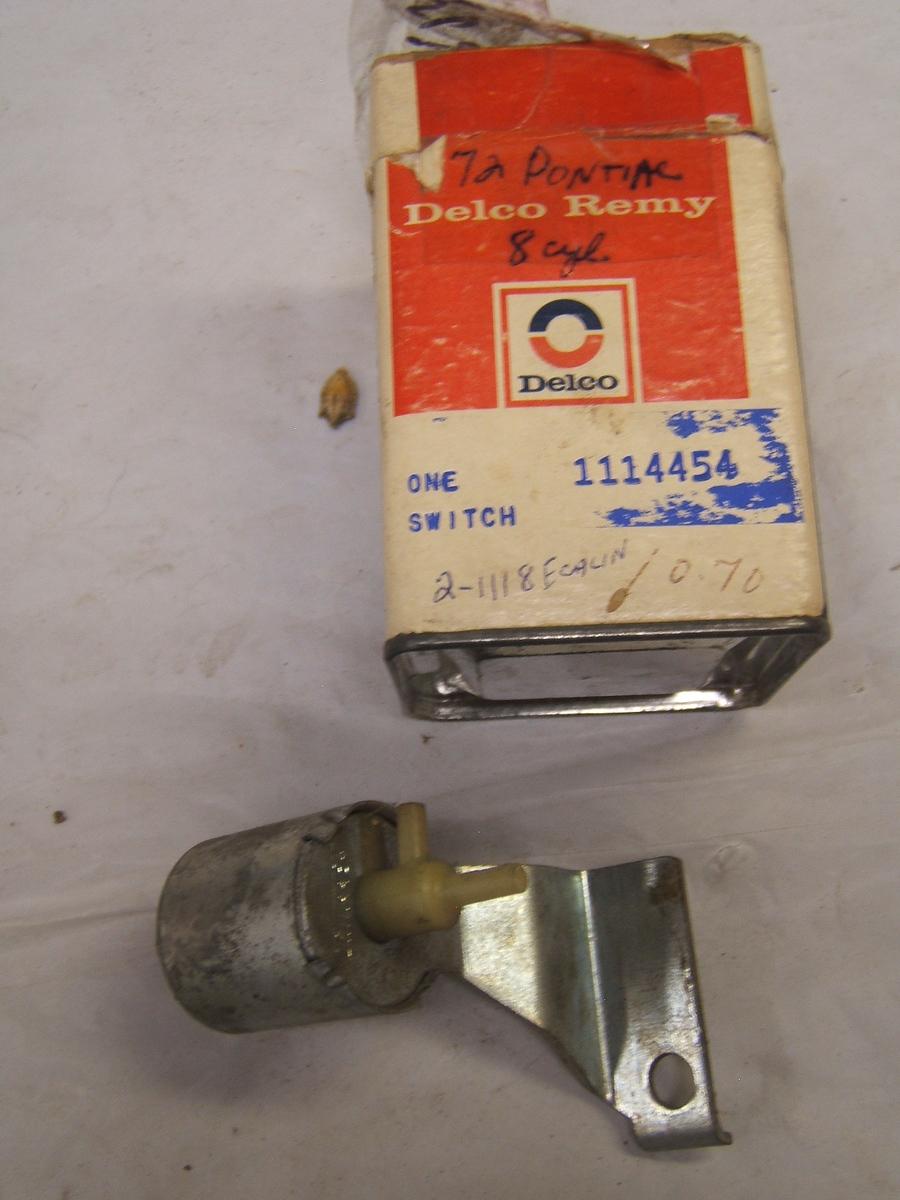 1972 Pontiac GTO transmission controlled spark valve 1114454 ( 1114454)      Upload Image     Link Online      Back to L