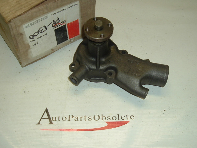 1963,1964 chevrolet truck water pump nos gm # 3789536 (A fp1300B) a