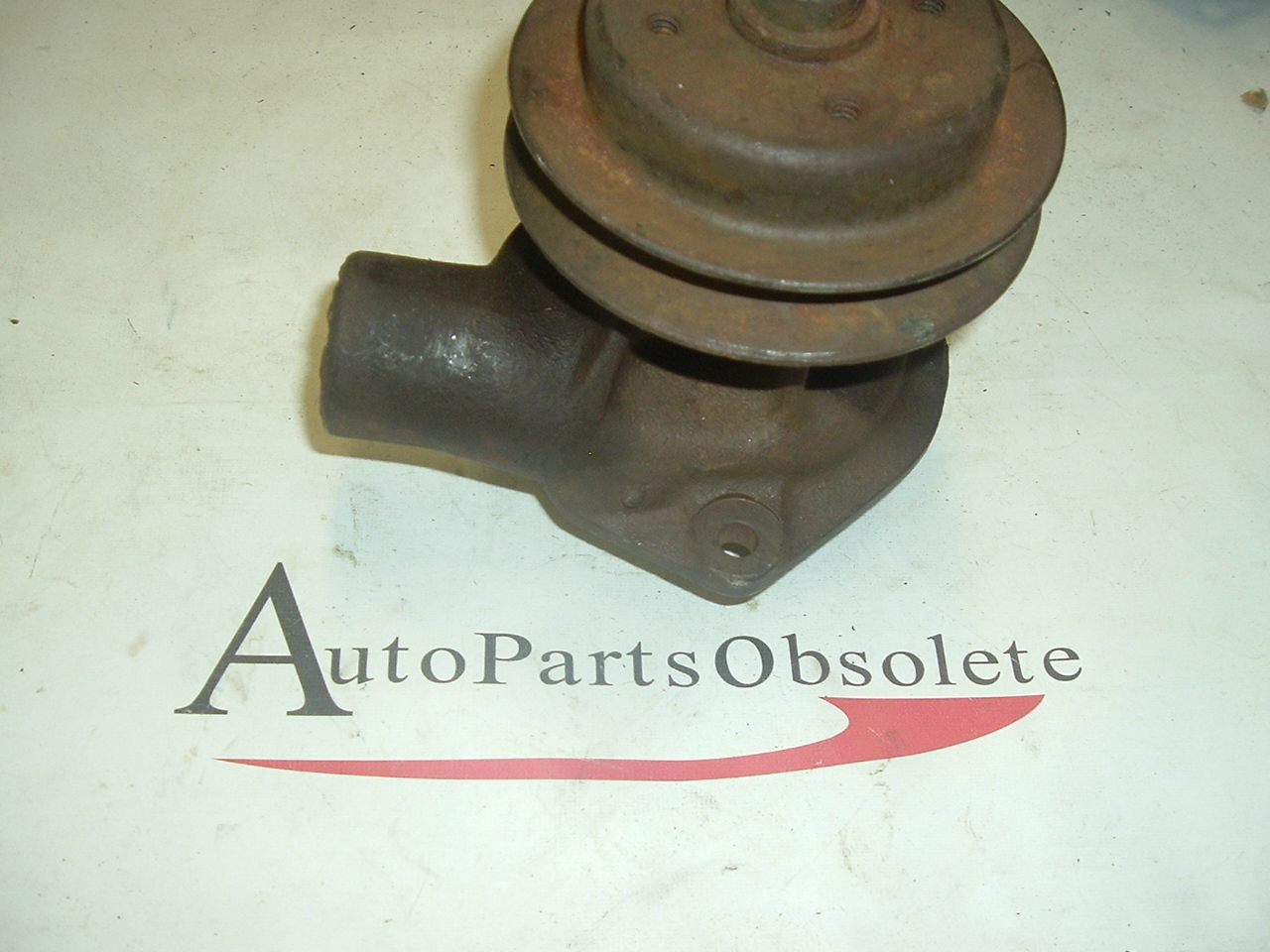 1935 chevrolet water pump (a pc10rb)