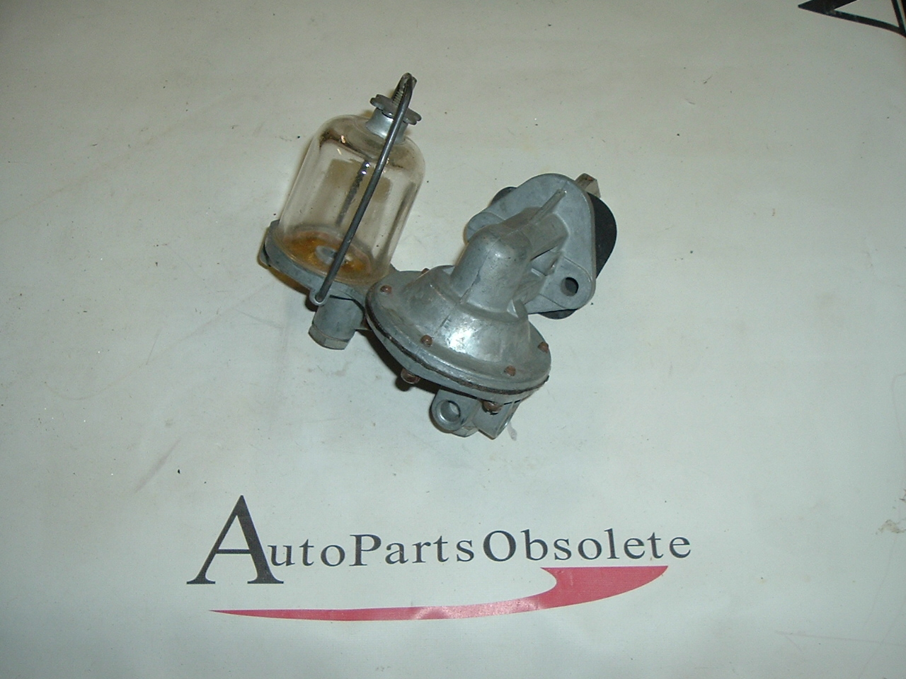 View Product1951 52 53 54 Nash Ambassador fuel pump #533 (a 533nw)