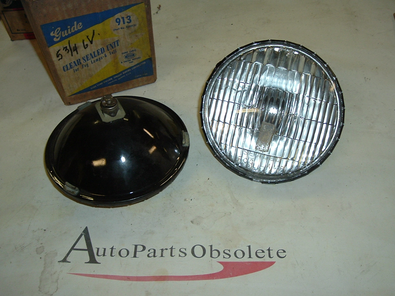 Steelback AC GUIDE fog lamp bulbs pair Clear 6v 5 3/4 (a 913AC)