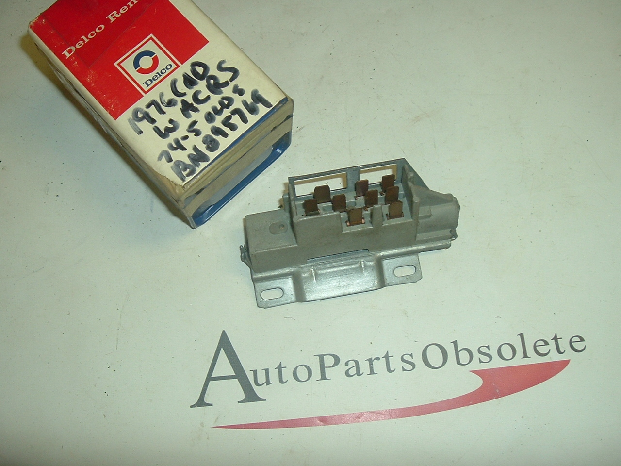 1976 Cadillac ignition switch 1990100 (a 1990100)