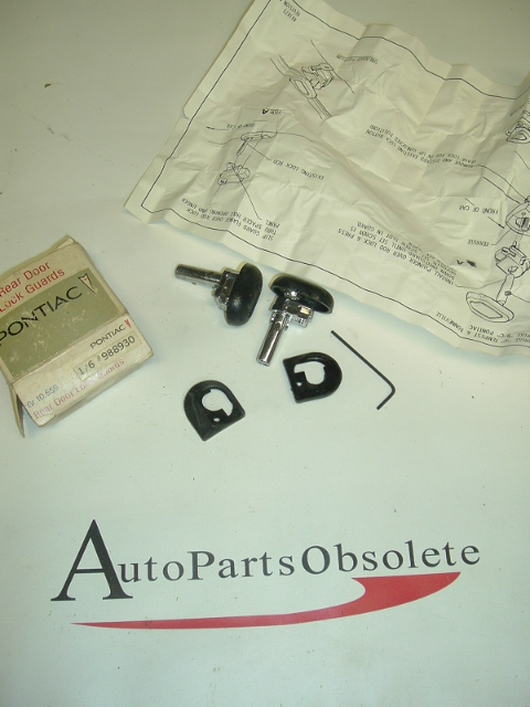 1960s-70s Pontiac Rear Door Safety Locks Pair NOS (a 988930)