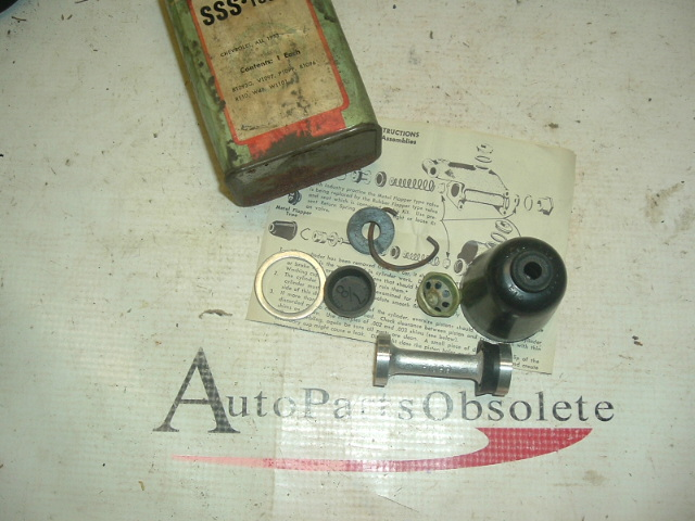 1953 Chevrolet master cyl kit with piston