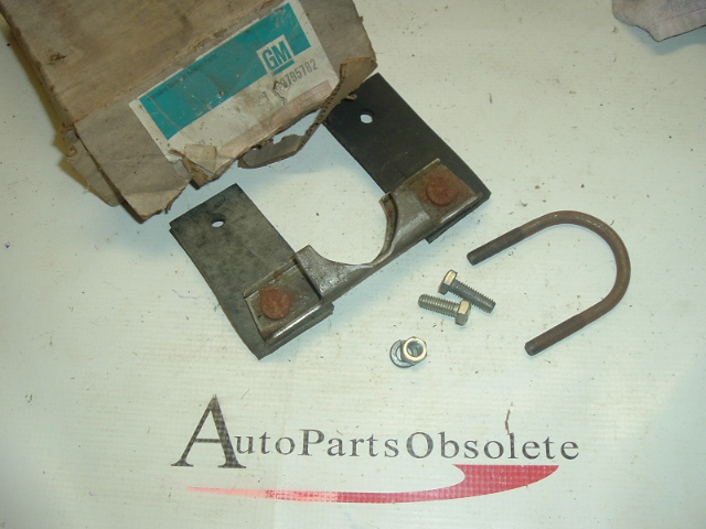 1958 59 60 61 62 63 Chevrolet tail pipe hanger nos (a 3795782)