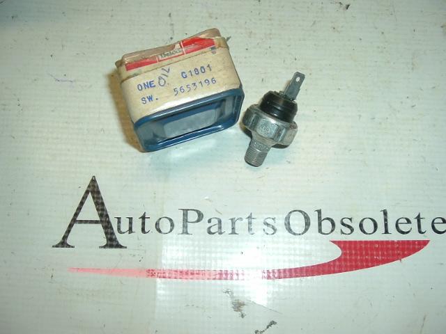 1959 -65 Pontiac & Tempest oil sending unit nos 5653196 (a 5653196)