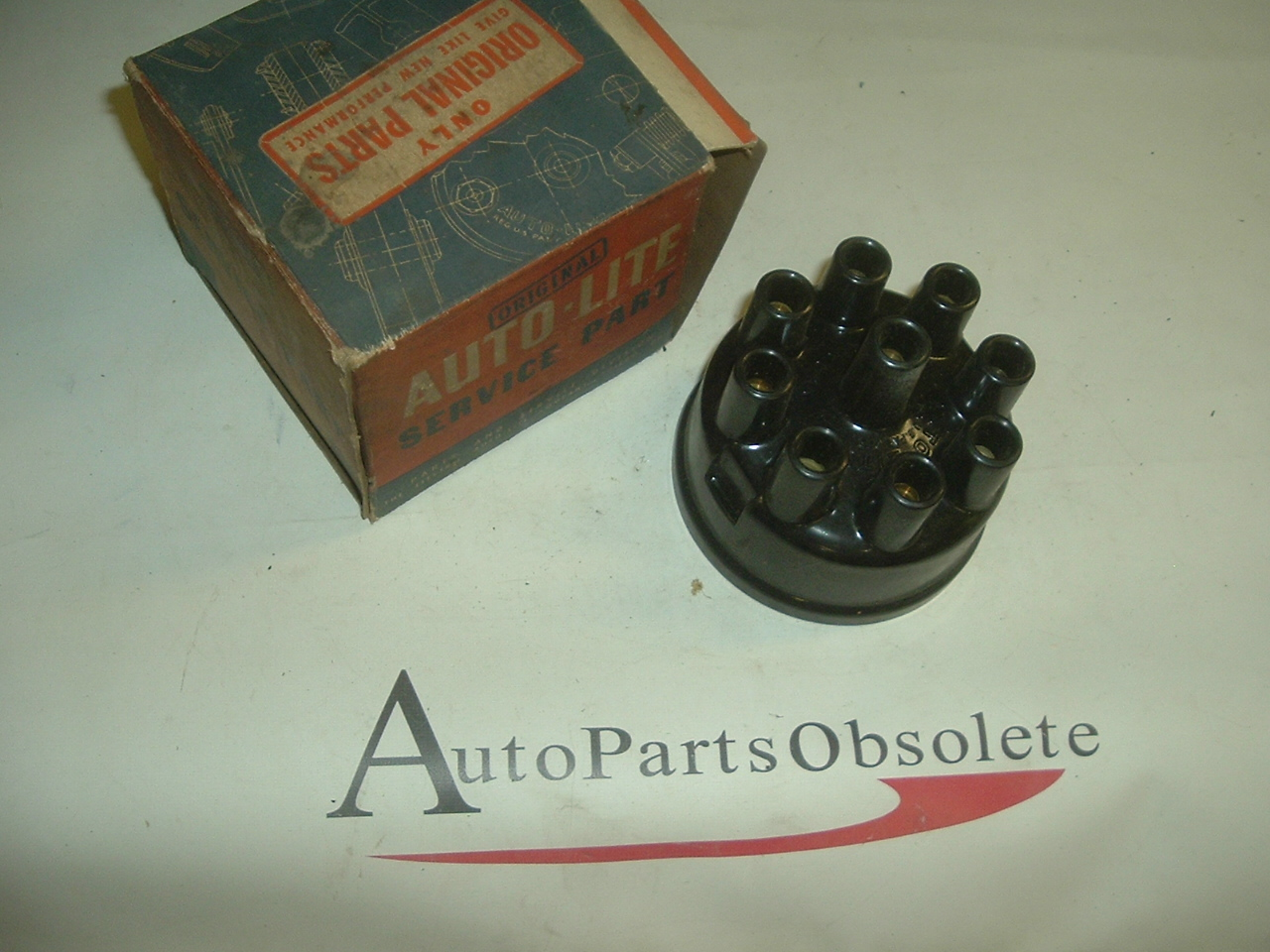 1938 - 1948 Chrysler 38 - 1951 Packard 1942 Nash Auto Lite Distributor Cap NOS (a 1gp1003)