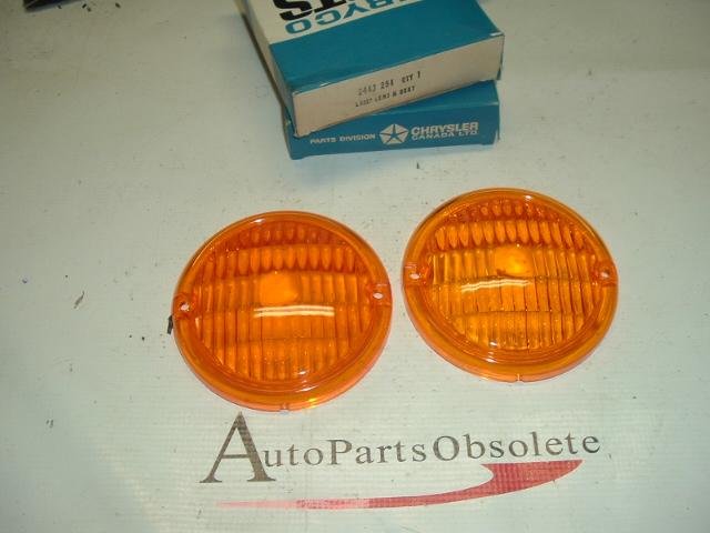 1962 63 64 65 66 67 68 Dodge truck PArk lamp lens pairm (a 2448254)