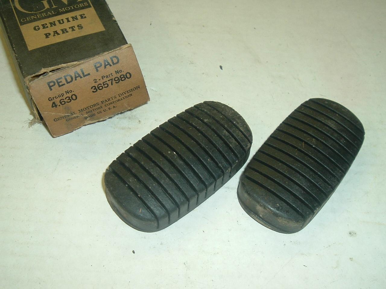 1955 56 57 Chevrolet & corvette pedal pads nos 3657980 (a 3657980)