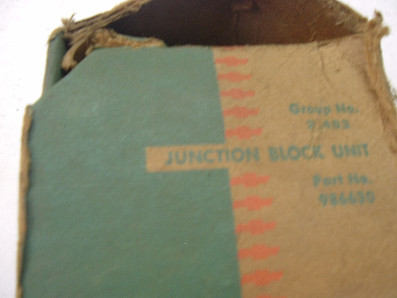 1953 1954 Chevrolet auxillary junction block unit 986630 (a 986630)